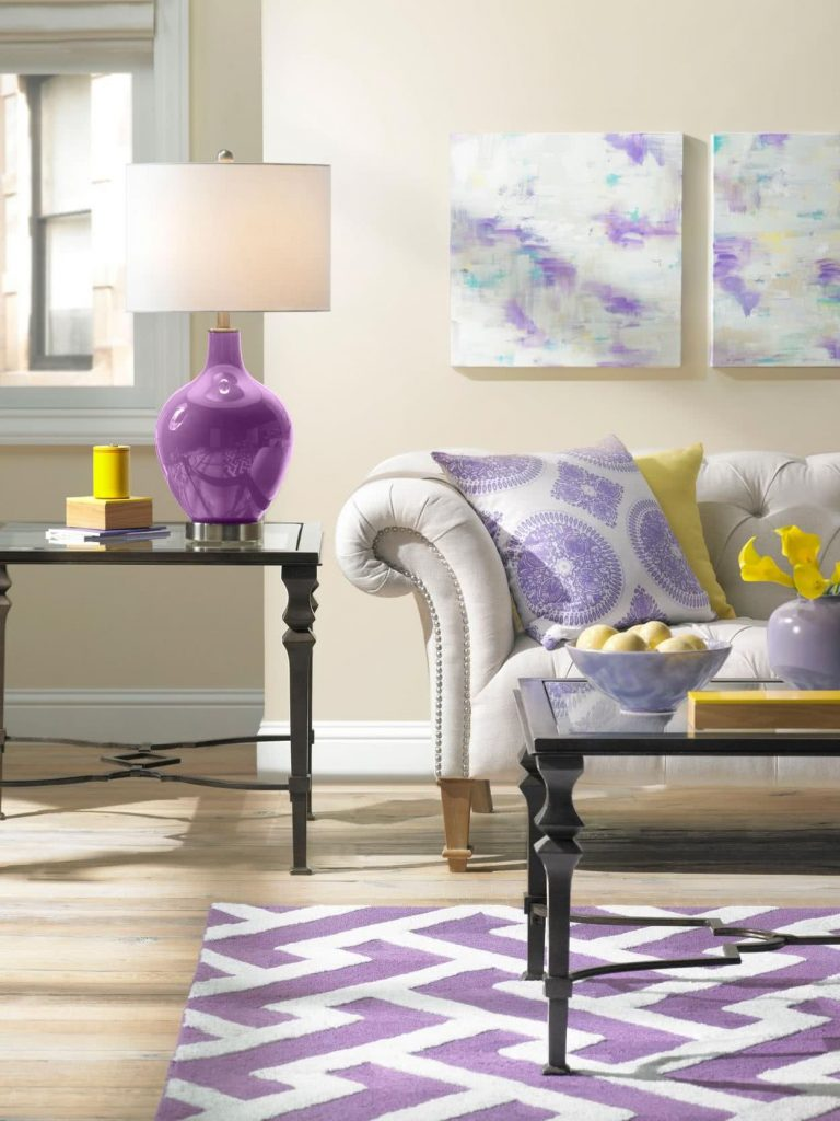 Couleur violette pour décorer