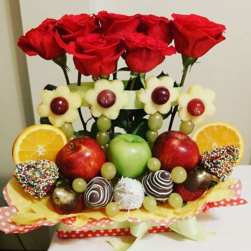 comment-faire-un-arrangement-fleur-avec-des-fruits-et-des-bonbons-instagram