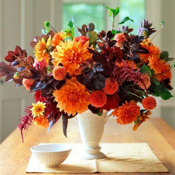 Comment faire une composition florale PHOTOS centre de table petit vase