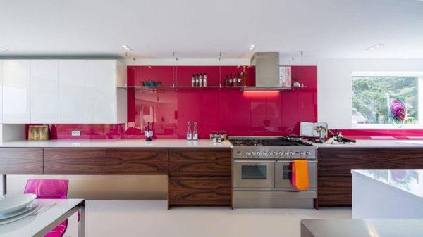 Cuisines roses Meubles en bois design de cuisine rose