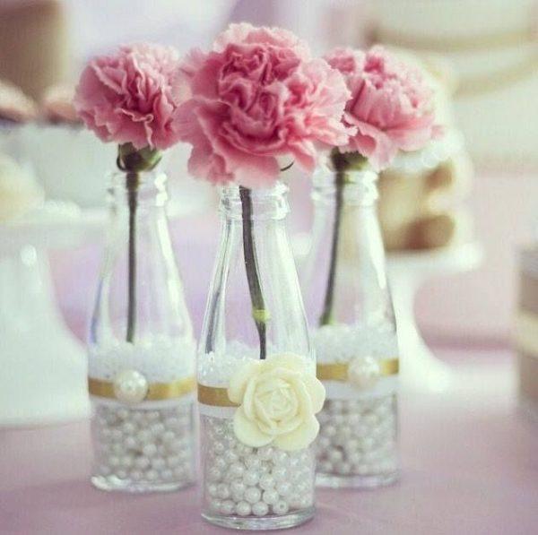 Centre de table de mariage en perles de satin