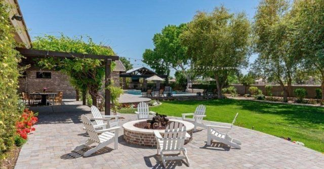 Jardin avec terrasse façon hôtel
