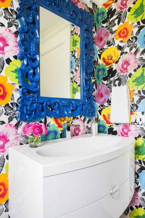 Papier peint de salle de bain floral super coloré