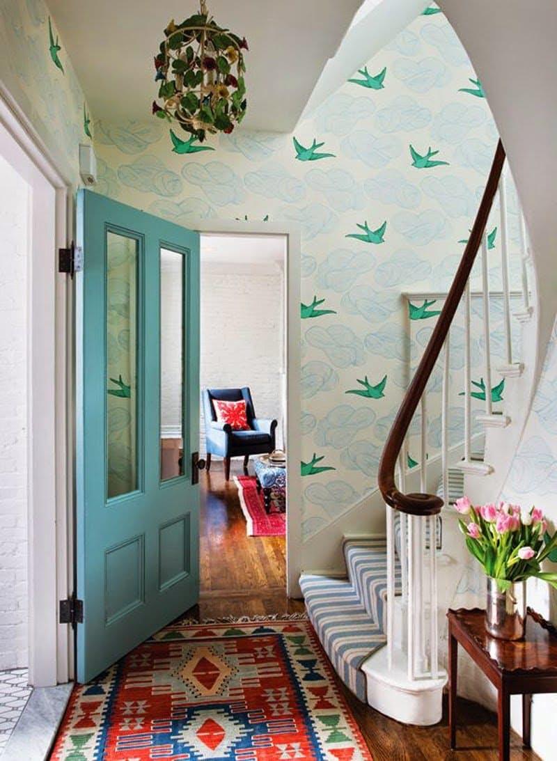 Couloir de papier peint oiseau bleu et vert