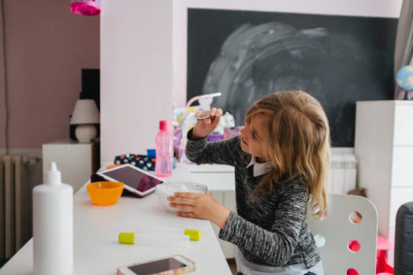 Comment faire du slime maison étape par étape pour les enfants 10
