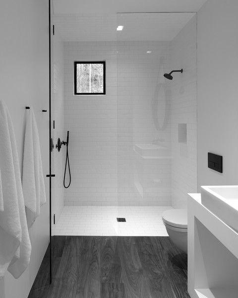 15 petites salles de bain avec douche 2021 2022 sol noir