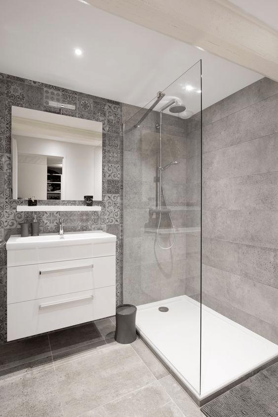 15 petites salles de bain avec douche écran 2021 2022