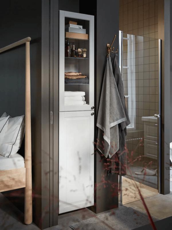 15 petites salles de bain avec douche 2021 2022 Armoire de toilette IKEA