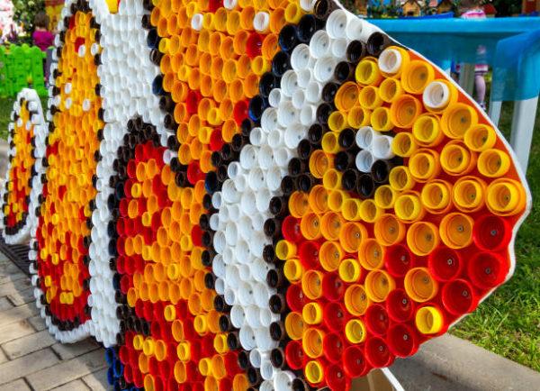 Bouchons de poisson jouets recyclés