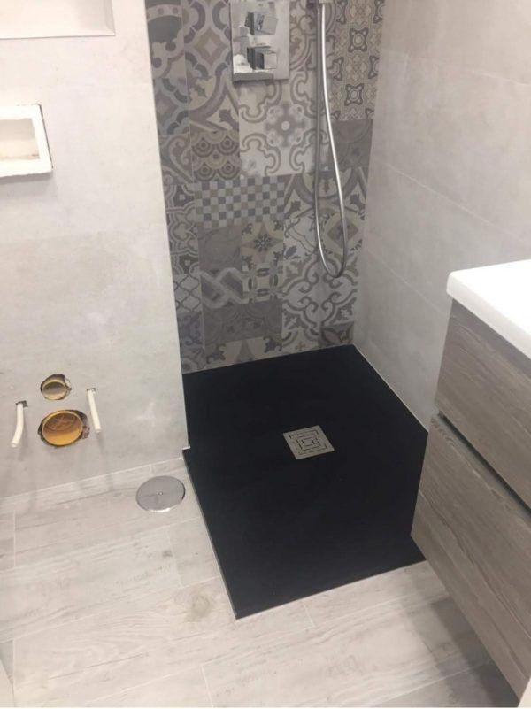 10 petites rénovations de salle de bain pour vous inspirer Carreaux de salle de bain 2021 2022
