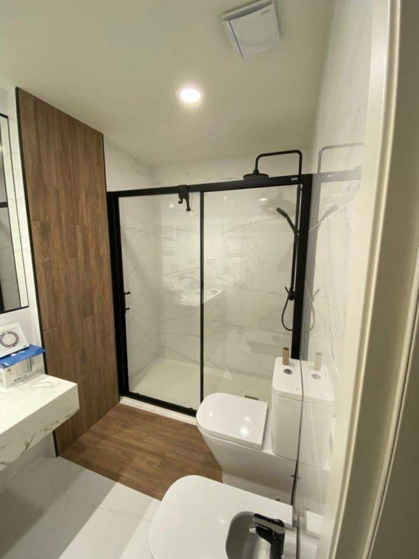 10 petites rénovations de salle de bain pour vous inspirer 2021 2022 salle de bain douche
