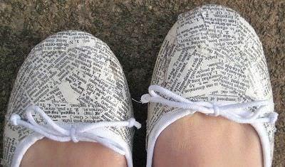 artisanat-avec-journaux-chaussures-en-papier