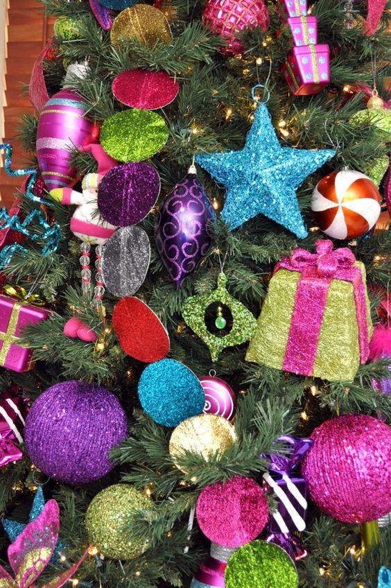Décorations de Noël colorées
