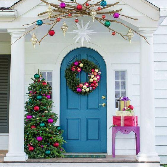 Couronnes de Noël colorées