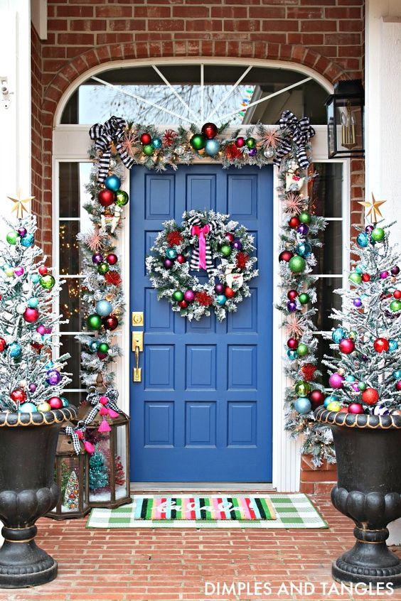 Entrées colorées de maison de Noël