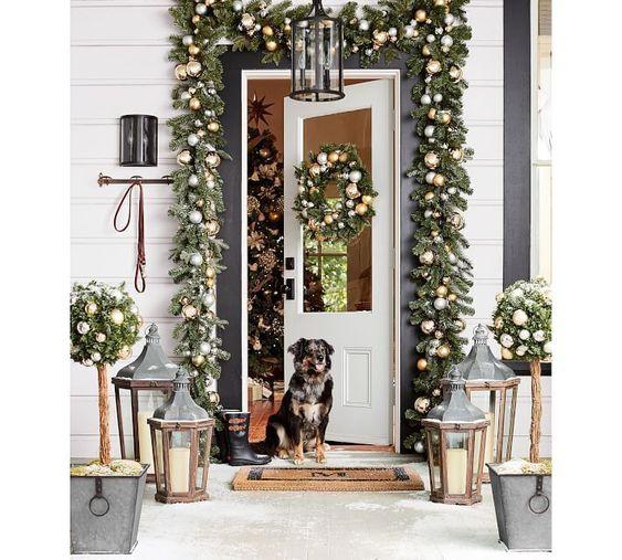 Décoration de différents espaces avec des décorations de Noël