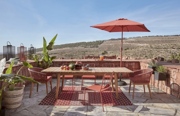 Des astuces pour aménager votre salle à manger extérieure, au goût du jour !