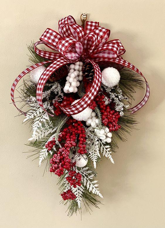 Accroche-portes en forme de larme de Noël